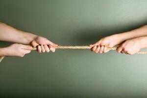 Arta negocierii pretului locuintei. Stii cum sa reactionezi la o contra-oferta?