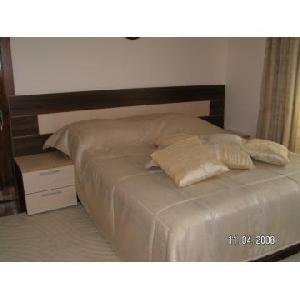 Mobilier dormitor la comanda