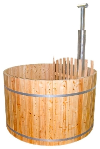 Hot tub din lemn
