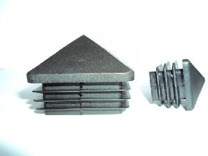 capac plastic piramida