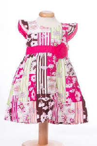 Rochita fetita cu boboc roz  - BBN1060