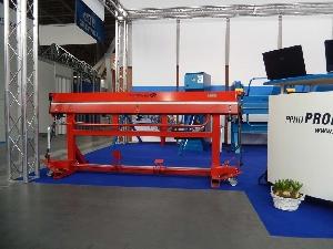 Abkant modelul Red PLus 2200/0,8