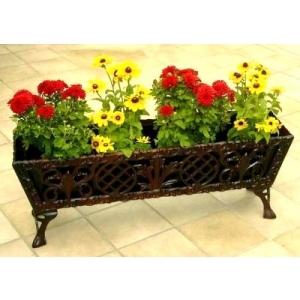 Jardiniera, decoratiuni pentru gradina