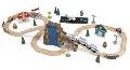 Trenulet din lemn Euro Express cu set de accesorii - BBX17989