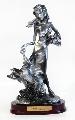 Fata cu caine.Statuete decorative