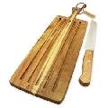 Set tocator si cutit pentru paine Kassel, lemn de salcam, lama inox